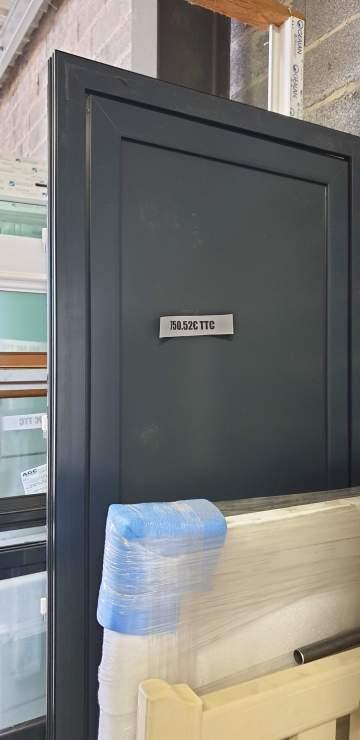Porte d'entrée Alu gris 7016 890 x 2200 750,52€ TTC ref 40