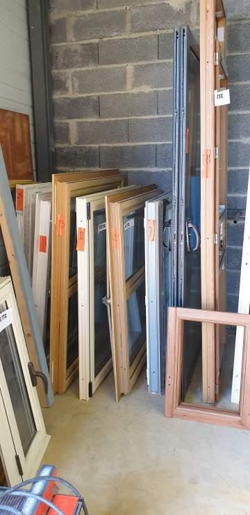 Fenêtre 2 vantaux PVC 1270 x 1200H  290.80€ TTC ref 24