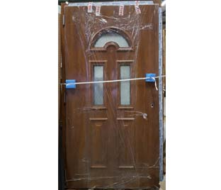 Porte d'entrée en PVC - 1 900€